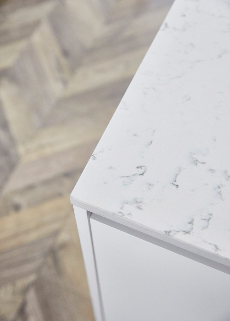 1-Bed-Display—Countertop—Detail-1