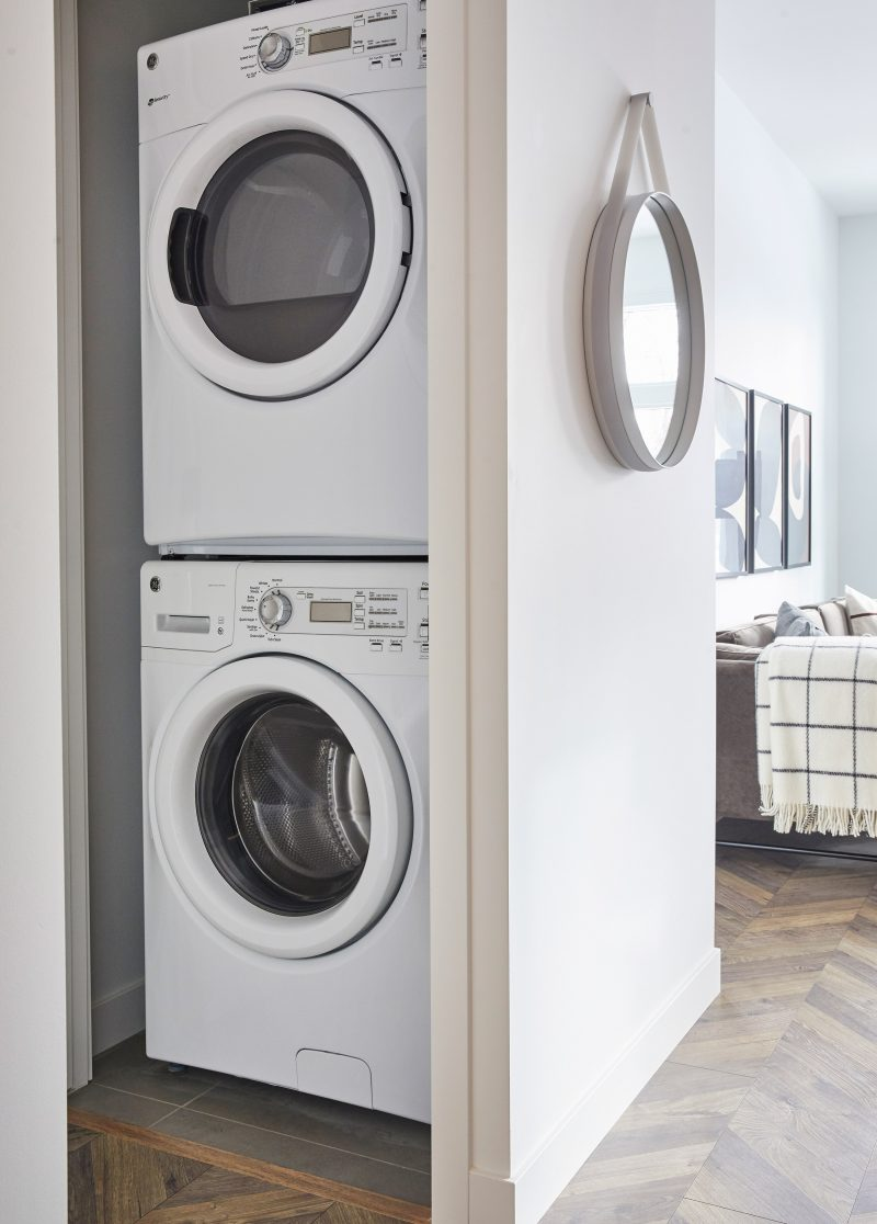 2-Bed-Display—Laundry-